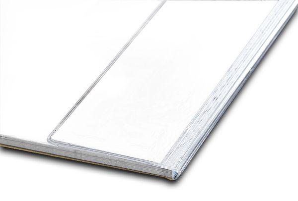 Der Kantenschutz bietet der Schreibtischunterlage zuverlässigen Schutz!
